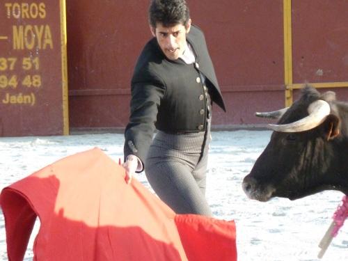 Toros en la Herradura. Gran actuación del matador Víctor Janeiro