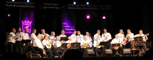 Bello concierto del grupo Melaza en el parque El Majuelo de Almuñécar