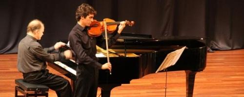 Éxito artístico en el concierto de viola y piano celebrado en Almuñécar