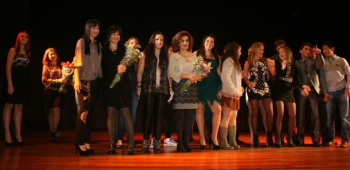 Alumnos del IES Antigua Sexi celebraron un desfile de moda para financiarse el Viajes de Estudios