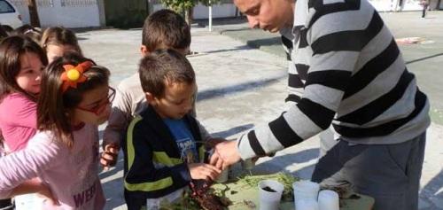 El Ayuntamiento de Almuñécar pone en marcha un programa de concienciación medioambiental dirigido a los alumnos de Primaria