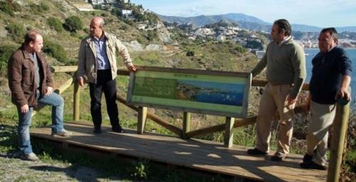 El Ayuntamiento de Almuñécar recepciona los trabajos de señalización de cuatro rutas de senderismo