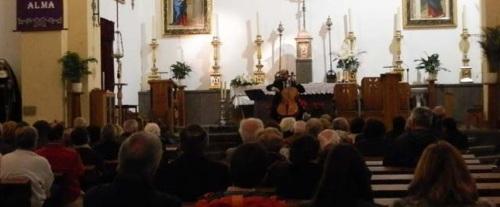 El violonchelista César Jiménez ofreció un gran concierto en Almuñécar