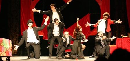 """El gran musical """"Moulin  Rouge"""" se presenta en Almuñécar"""
