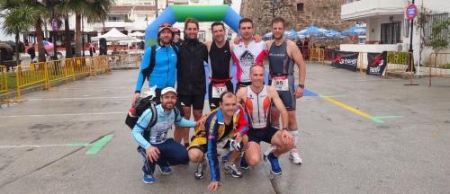 El grupo de atletas sexitanos Pikaeras Elite Almuñécar participó  en el II Triatlón Steelives de Mijas 2013