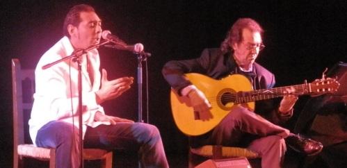 El guitarrista granadino Pepe Habichuela actuó con éxito en Almuñécar