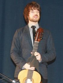 El guitarrista inglés Declan Zapala ofreció un bello concierto