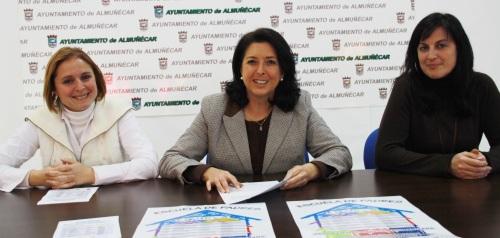 María del Carmen Reinoso presenta la Escuela de Padres