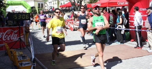 El atletismo sexitano participa en Alhama y Almería