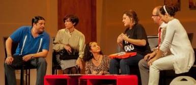 """El grupo de Teatro La Sabika presenta en Almuñécar la obra """"Tocados"""""""