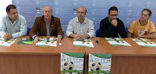 Hermanamiento de peñas futbolísticas con un fin solidario