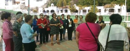 Alumnas del Centro de Adultos conocen el patrimonio histórico de Almuñécar
