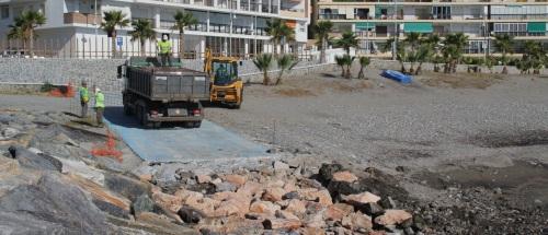 Costas realiza mejora de la rampa de acceso del espigón de Velilla