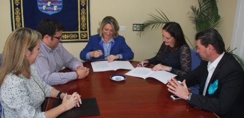 El Ayto. y Hotelbeds firman un acuerdo para la promoción del destino