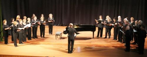 El Coro de Juventudes Musicales de Almuñécar puso el broche de cierre a la temporada de conciertos