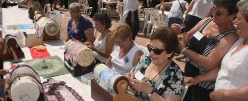 El X Encuentro de Bolillos de Almuñécar reunirá a unas 300 personas