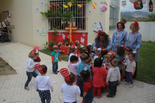 La fiesta de la Cruz se vive en Almuñécar desde los Centros Infantiles Municipales 2