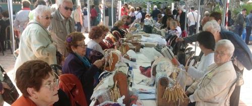 Más de medio millar de personas han participado en  X Encuentro de Bolillos de Almuñécar