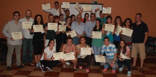 Una veintena de jóvenes participaron en un curso formativo de animación hotelera