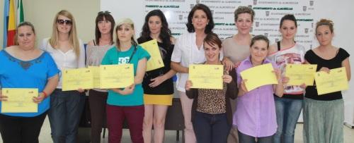 Clausurado un curso de automaquillaje promovido por el Centro de la Mujer