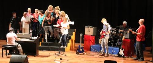 La Academia Nash Music ofreció un gran espectáculo fin de curso