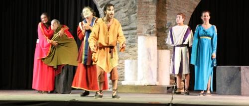 El grupo Balbo Teatro abrió anoche el VI Festival de Teatro Grecolatino