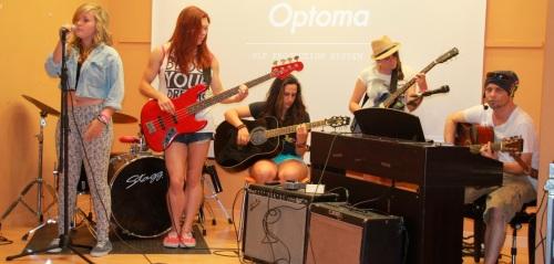 La Casa de la Juventud acogió una fiesta musical sin alcohol