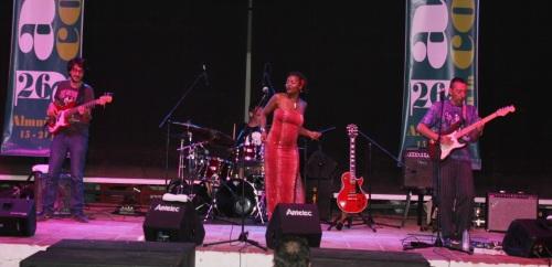 Lito Blues Band con Suzette Moncrief triunfaron con su actuación en La Herradura