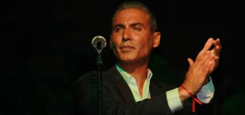 """Pitingo ofreció en Almuñécar un recorrido desde el flamenco hasta las """"pitinguerías"""""""
