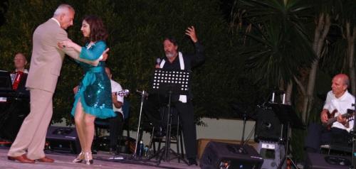 """Jolís presentó  en La Herradura  su espectáculo """"El Tango y la Chanson"""""""