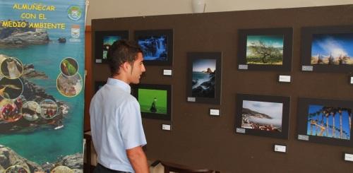 El hotel Bahía Almuñécar acoge la exposición fotográfica del Concurso de Medio Ambiente