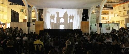 El XV Festival de Títeres de La Herradura arranca con lleno de público
