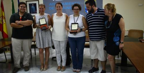 Las ganadoras del concurso de blog gastronómico reciben sus premios