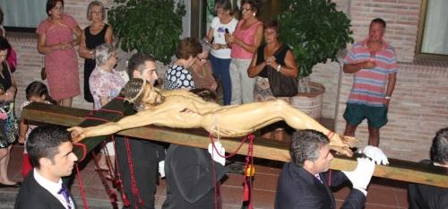 Emotiva salida de la cofradía de La Herradura para conmemorar su 25 aniversario