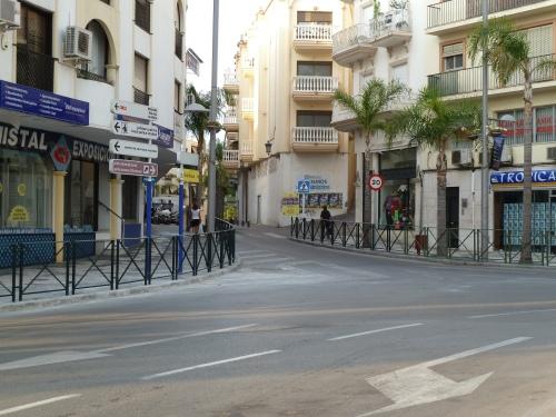 El Ayuntamiento modifica el acerado en la Carrera de la concepción para garantizar la seguridad vial