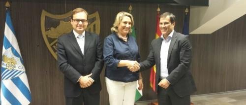 Almuñécar firma un convenio de promoción turística con el Málaga CF