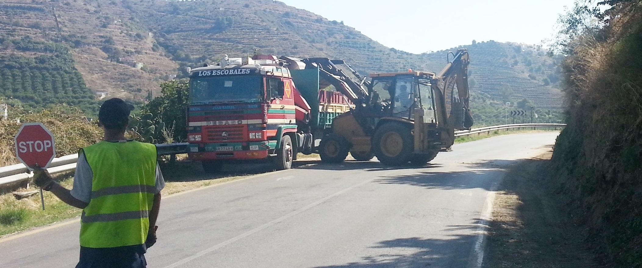 Arreglo y mejora de las cunetas de la carretera de La Cabra