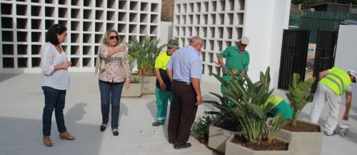 El Ayuntamiento invierte casi 70.000 euros en mejorar el cementerio