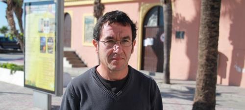 """Reinaldo Jiménez Morales presenta su poemario """"Habitarás la casa"""""""