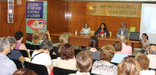 Valdivieso afirma que se trabaja más en la prevención del Alzhéimer que en la cura