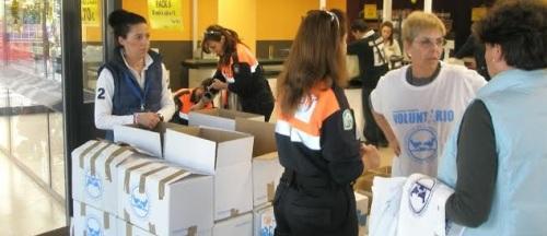 Protección Civil de Almuñécar se sumó a la campaña de recogida de alimentos