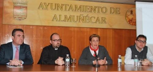 La concejal de Cultura Olga Ruano destaca la importancia de la Semana Santa sexitana para el municipio en el acto inaugural de las III Jornadas Cofrades Ciudad de Almuñécar