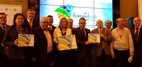 Almuñécar presenta su nuevo logo turístico en Futur