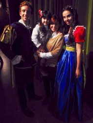 El musical Blancanieves llenó de ilusión el auditorio Martín Recuerda