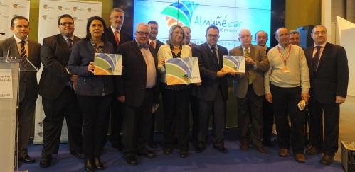 La alcaldesa de Almuñécar destaca el cambio radical en la política turística del destino que lleva a cabo su equipo de gobierno.