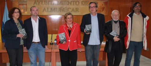 GALARDONADO JUNTO JURADO Y CONCEJAL DE CULTURA  ALMUÑECAR 2