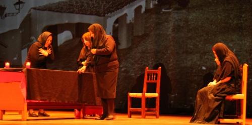 """El Taller de Teatro de Almuñécar presento con éxito """"Bodas de Sangre"""""""