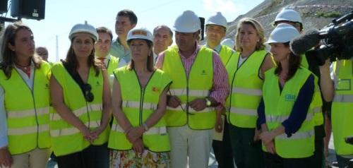 La ministra de Fomento Ana Pastor inaugurando el tramo de Calahonda de la Autovía del Mediterráneo A-7