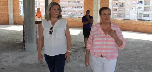 ALCALDESA Y CONCEJALA DE CULTURA VISITARON LA INSTALACION DE LO QUE SERÁ LA ESCUELA DE MUSICA DE ALMUÑECAR 14 2