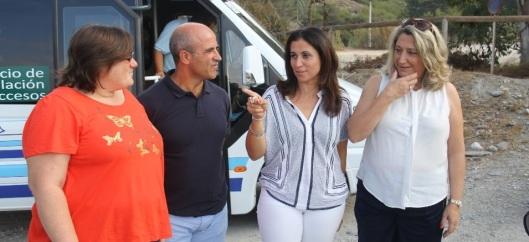 ALCALDESA  Y DELEGADA AL LLEGAR A LA PLAYA CANTARRIJAN 14